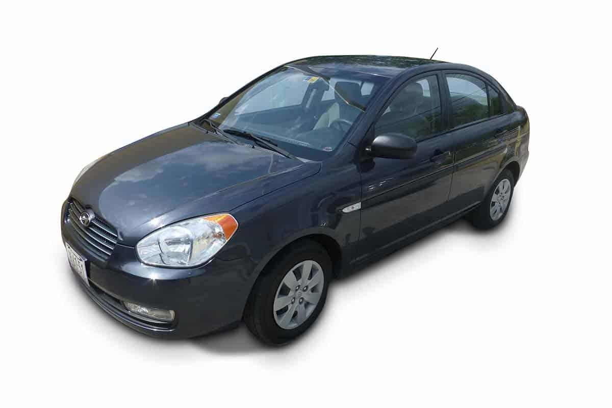 Hyundai Accent categorie D Goed en Goedkoop Autohuren Curacao